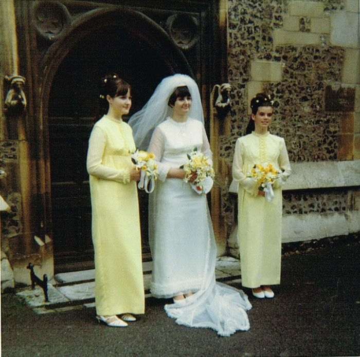 Iris Peterson with her bridesmaids